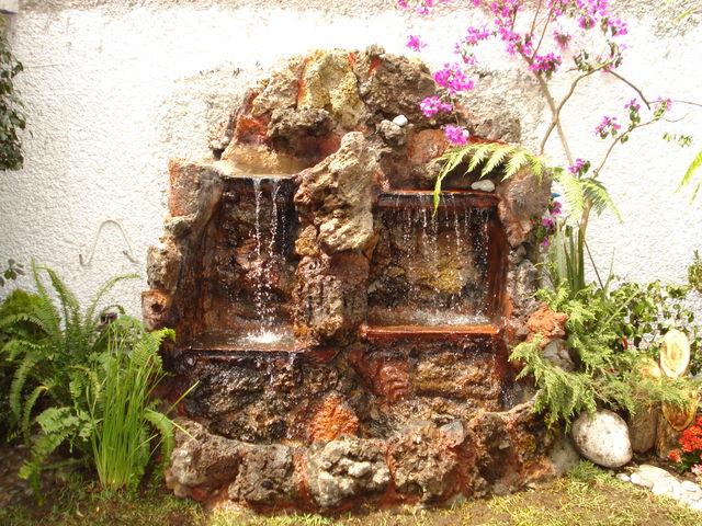 Cascada piedra roja jardineria xochimilco for Cascadas de piedra para jardin